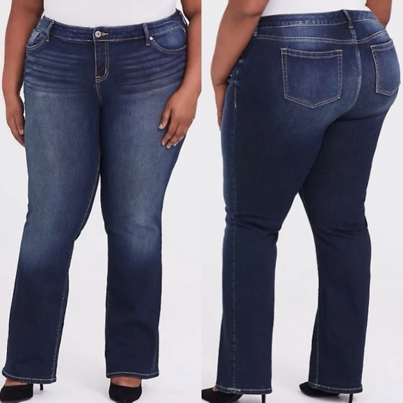 Torrid Dark Blue Wash Relaxed Bootcut Jeans